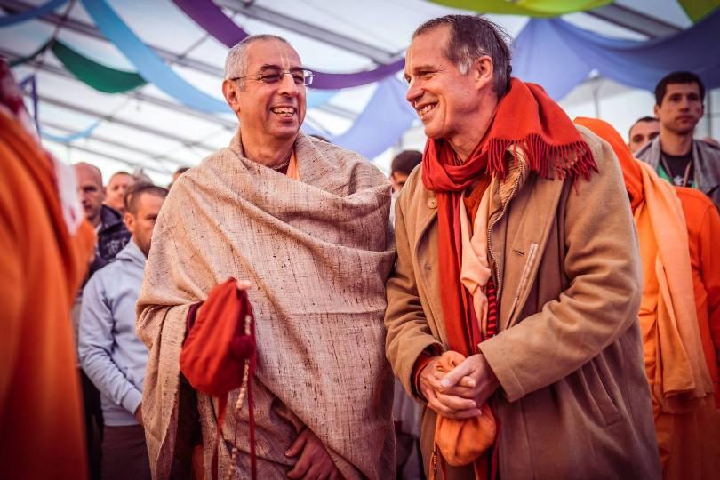Харе Кришна маха мантра - путевка в духовный мир